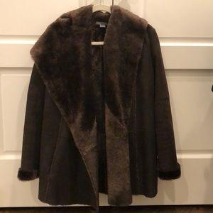 Like New Vince cardigan shearling coat sz small